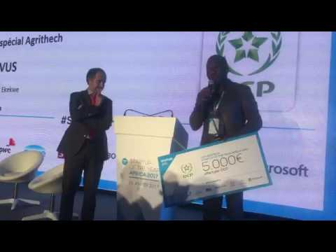 A very emotional video as Zenvus leader dedicates award to African farmers