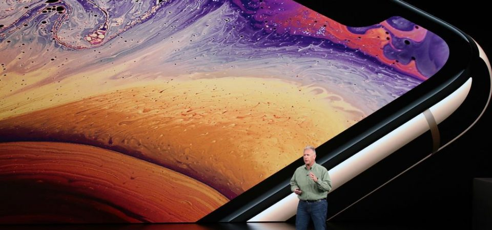 iPhone Reaches 900 million Installed Base