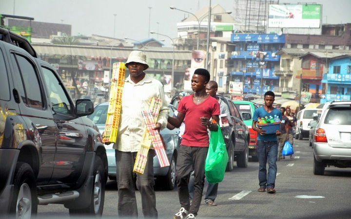 Sales Lessons from Nigeria's Highway Hawkers