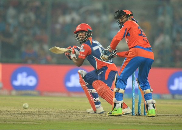 How the Indian Premier League Reinvented the Cricket League
