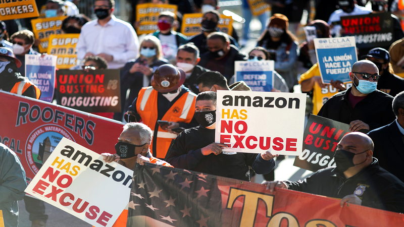 """Lol, Amazon Is The New """"Right"""" Party"""